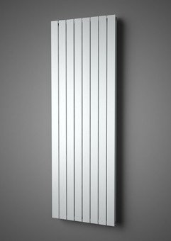 Plieger Cavallino Retto designradiator verticaal dubbel middenaansluiting - 7253020